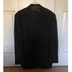 STAFFORD suit - OFFERS ACCEPTED